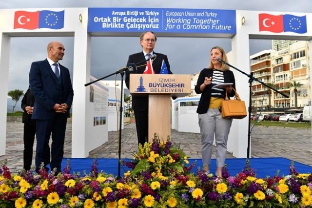 """İzmir'de """"Avrupa Günü"""" buluşması"""