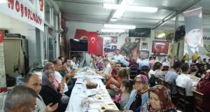 18 Mart Çanakkaleliler Kültür ve Dayanışma Derneği tarafından iftar yemeği verildi