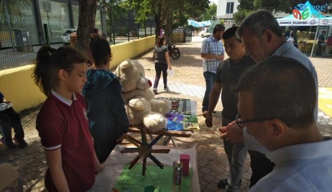 Biga'da Etwinning projeleri kapsamında öğrencilerin yaptığı çalışmalar sergilendi
