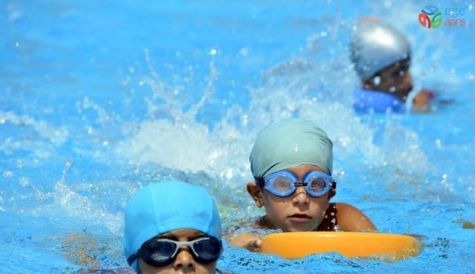 Büyükşehir'in yüzme kursu kayıtları başladı