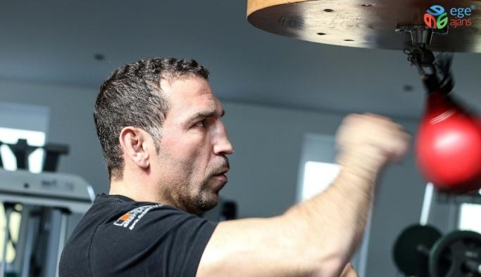 Fırat Arslan, Almanya'da ringe çıkıyor