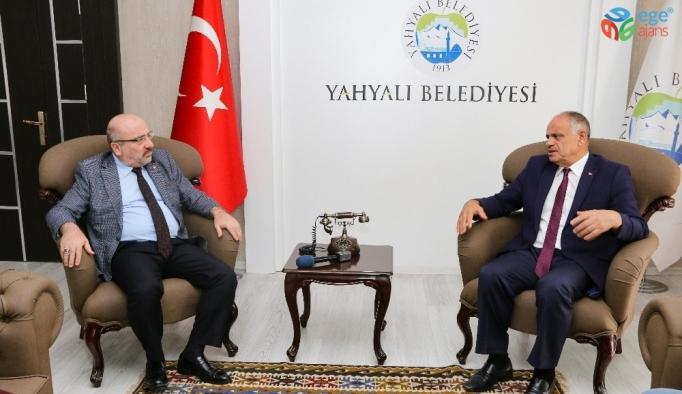 KAYÜ Rektörü Karamustafa'dan Başkan Öztürk'e  Ziyaret
