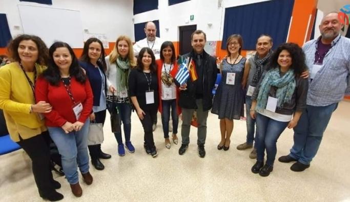 Liseli öğlenciler İtalya'da Afyonkarahisar'ı temsil etti