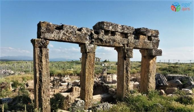 (Özel) Blaundus Antik Kenti keşfedilmeyi bekliyor