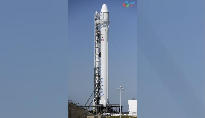 Şiddetli rüzgar SpaceX'in Falcon 9 roketinin fırlatılmasını erteletti