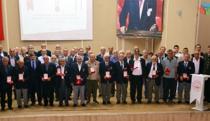 Sinop'ta Kıbrıs gazileri için madalya töreni