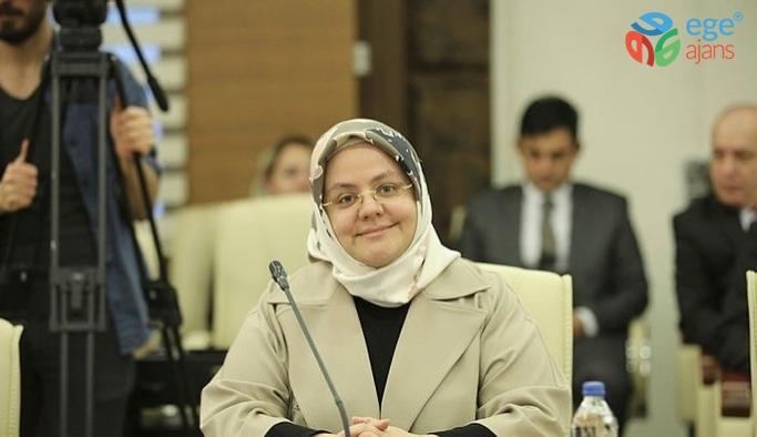 """Aile, Çalışma ve Sosyal Hizmetler Bakanı Zehra Zümrüt Selçuk: """"55 ilacı daha geri ödeme listesine aldık."""""""