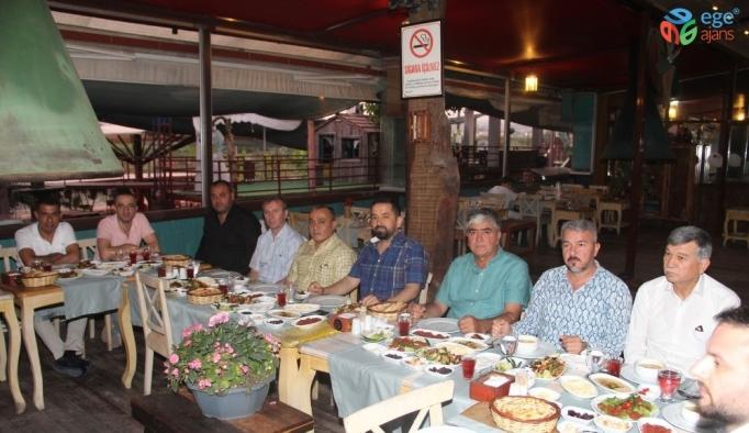 AK Parti Mezitli Teşkilatı son iftarda bir araya geldi