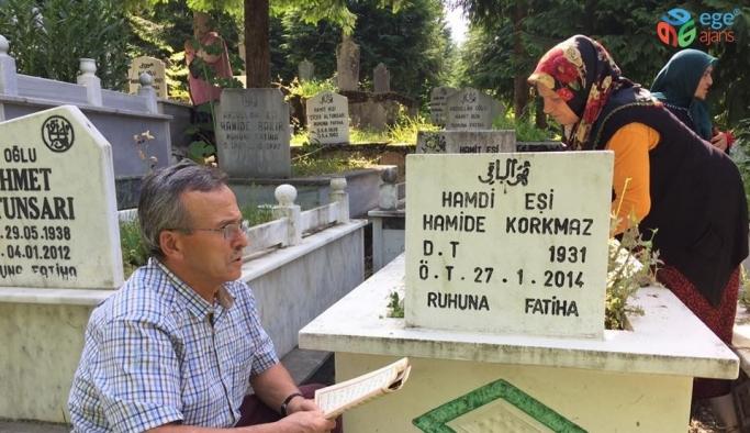 Arefe günü vatandaşlar mezarlıklara akın etti