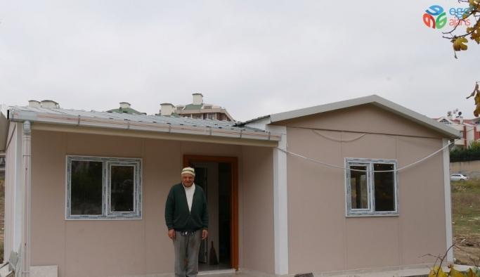 Başkan Akgün, ihtiyaç sahibi ailelerin yardımına koşuyor
