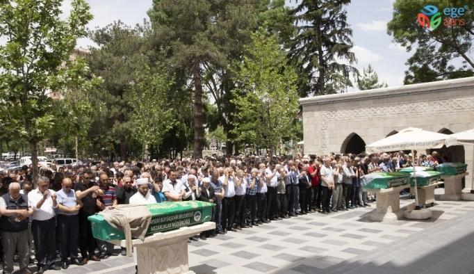 Başkan Büyükkılıç'tan Arefe Ziyaretleri