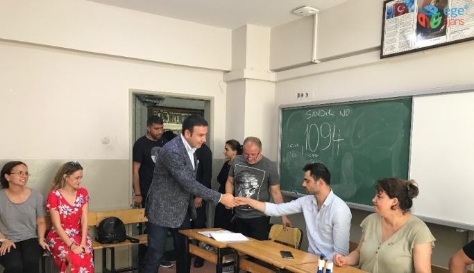 Beşiktaş Belediye Başkanı Akpolat, oyunu kullandı