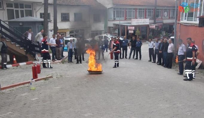 Emniyet personeline yangın eğitimi ve tatbikatı