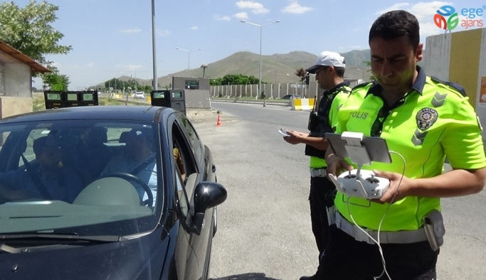 Muş'ta drone destekli trafik kontrolü