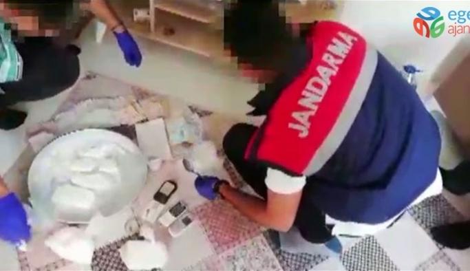 20 kilo kokain ele geçirilen operasyon anı kamerada