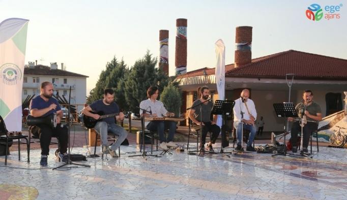 """""""Akşamlar Birlikte Güzel"""" etkinliği Yenikent'te başladı"""