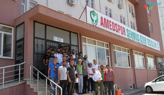 Amed Sportif Faaliyetler yönetimi taraftarlarla buluştu