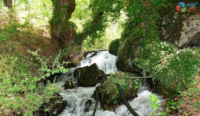 Antalya'da sadece yerini bilenlerin gittiği doğa harikası
