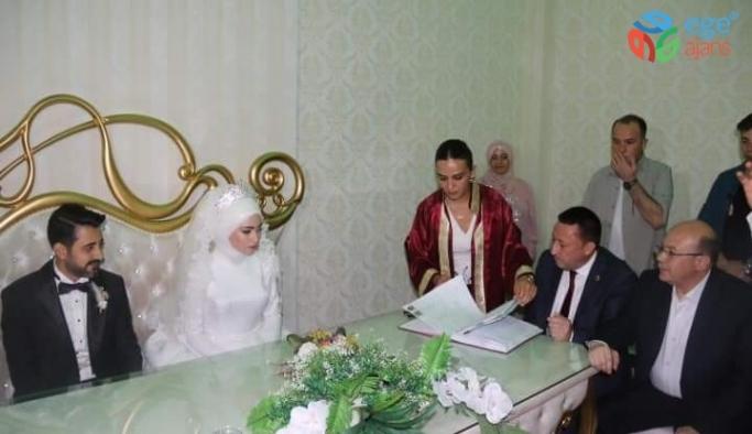 Başkan Beyoğlu nikah şahitliği yaptı