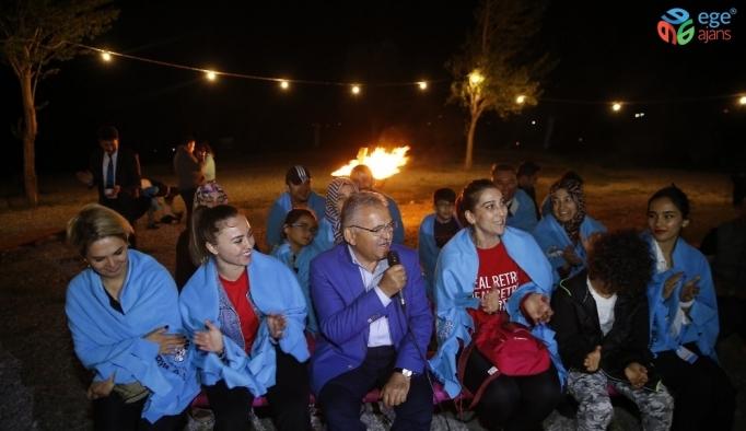 Başkan Büyükkılıç'tan Doğa Kampına sürpriz ziyaret