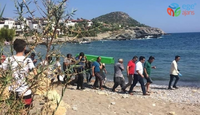 Denize giren 2 kişi boğuldu