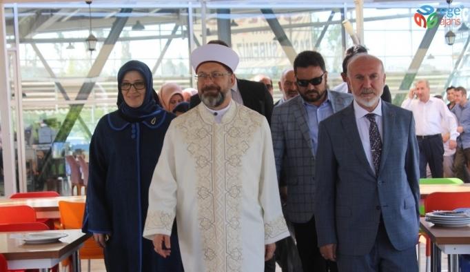 Diyanet İşleri Başkanı Erbaş Van'da