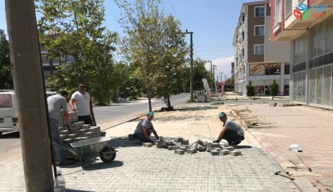 Ergene'de kilit parke taş ve kaldırım çalışmaları sürüyor