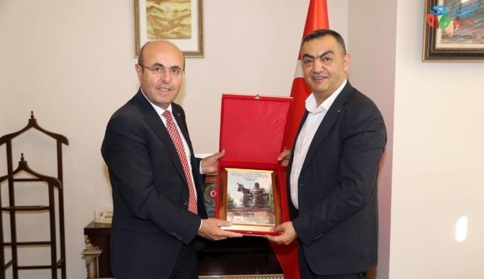 KAYSO Başkanı Büyüksimitci, Nevşehir ve Kırşehir'de Oda ve Borsaları Ziyaret Etti