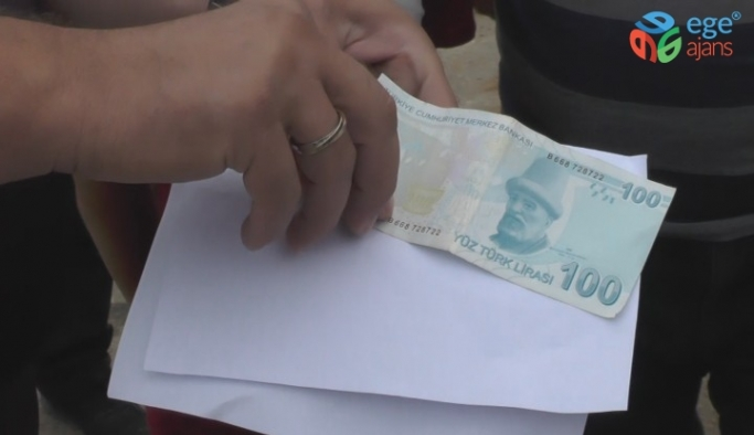 (Özel) Kurban pazarında polis sahte parayı uygulamalı anlattı