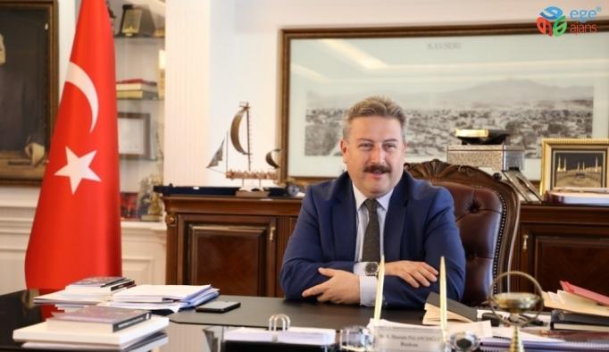 """Palancıoğlu, """"Park havuzlarında yüzmek sağlık açısından tehlikelidir"""""""