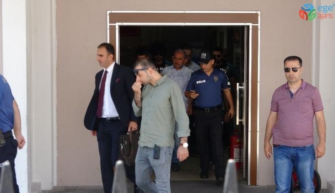 Pendik'teki magandanın ehliyetine el konularak bin 110 lira para cezası kesildi