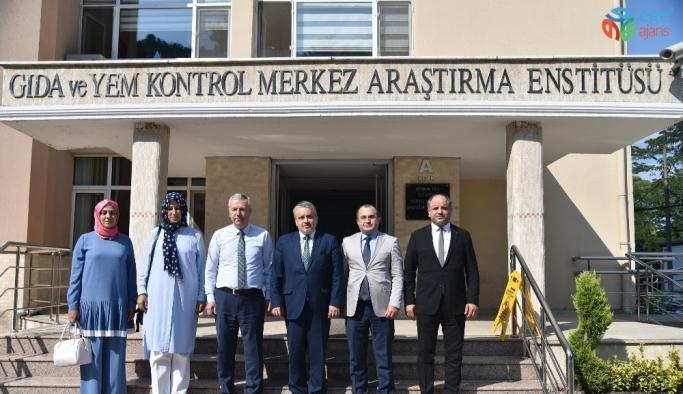 """Salman: """"Bursa ile Ankara arasında köprüyüz"""""""