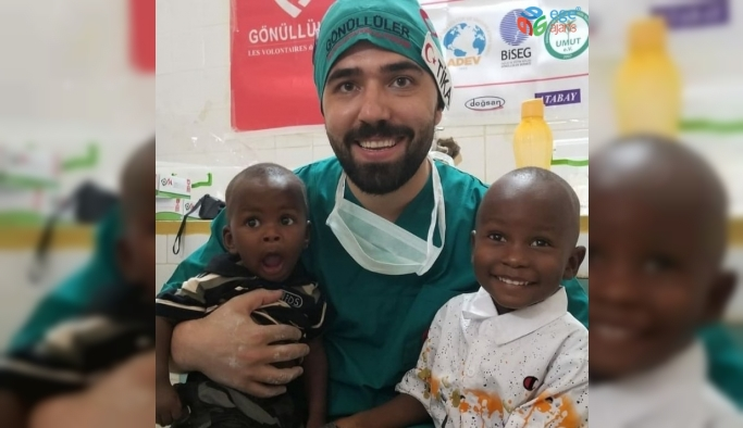 Tatil yapmak yerine gönüllü sağlık hizmeti verdiler