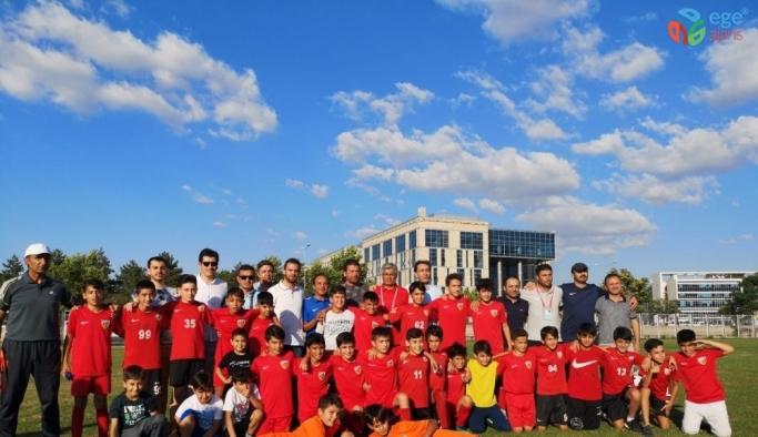 U12 Liginde şampiyon Kayserispor oldu