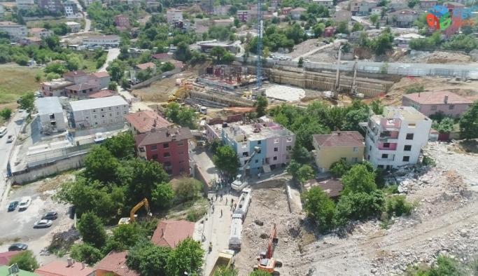 Üsküdar'da riskli binaların yıkımı havadan görüntülendi