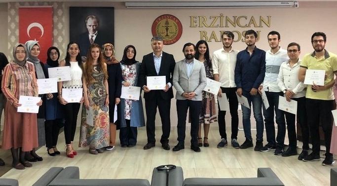 Uzlaştırmacı eğitimini başarıyla tamamlayan 25 avukata sertifikaları verildi