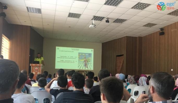 Yaz Kur'an kursu öğrencilerine trafik eğitimi