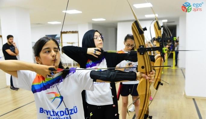 Yaz Spor Okulları tüm heyecanıyla devam ediyor