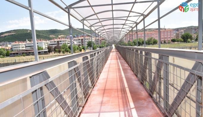 80. Yıl Yaya Köprüsünün onarımı tamamlandı