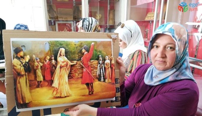 Ahlatlı kadınlardan sanat eseri tablolar