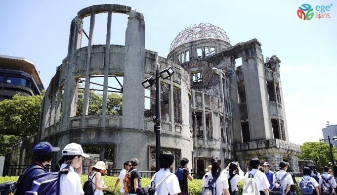 Atom bombası kurbanları Hiroşima'da anıldı