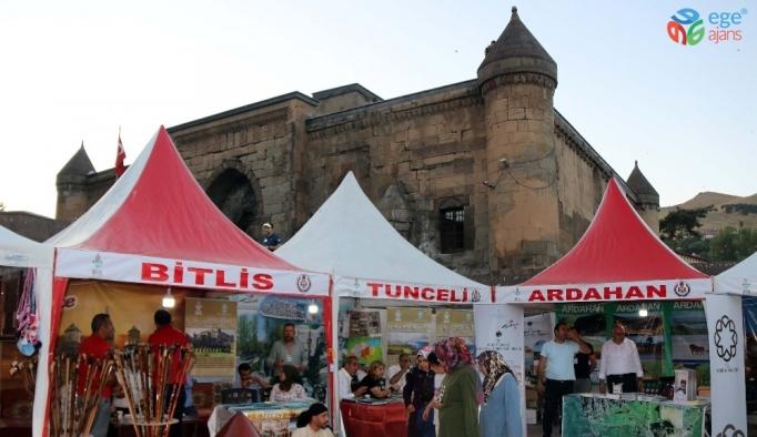 'Büyük Bitlis Buluşmaları' görkemli bir törenle başladı