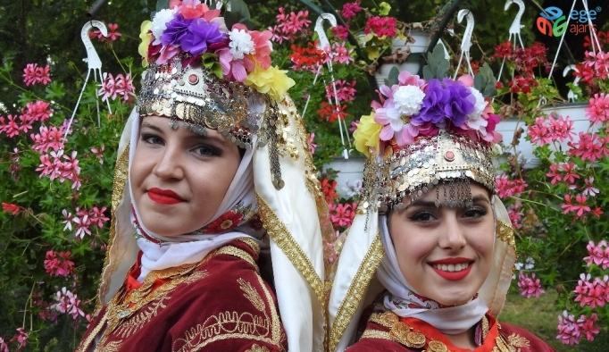 Çağlayan Lisesi Romanya'da Türkiye'yi temsil etti