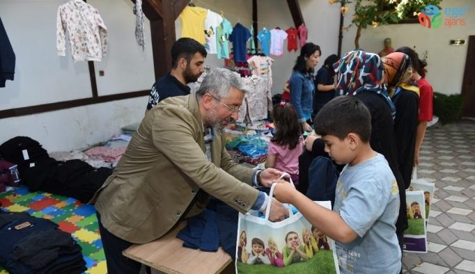 Çorum Belediyesi'nden 571 çocuğa bayramlık