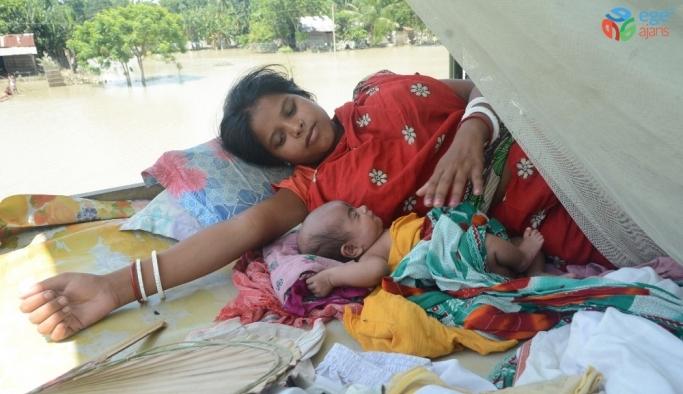 Ekonominin kalbi 'muson yağmurları' her yıl ölümlere neden oluyor