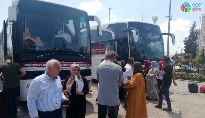 Esenyurt'ta yaşayan 117 Suriyeli, ülkesine kesin dönüş yaptı
