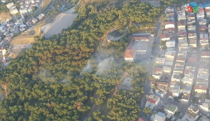 İzmir'de yerleşim yerlerine yakın alanda korkutan orman yangını