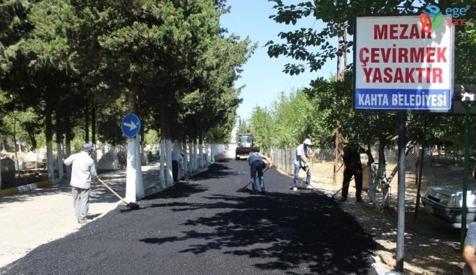 Kahta'da mezarlıklarda bayram temizliği