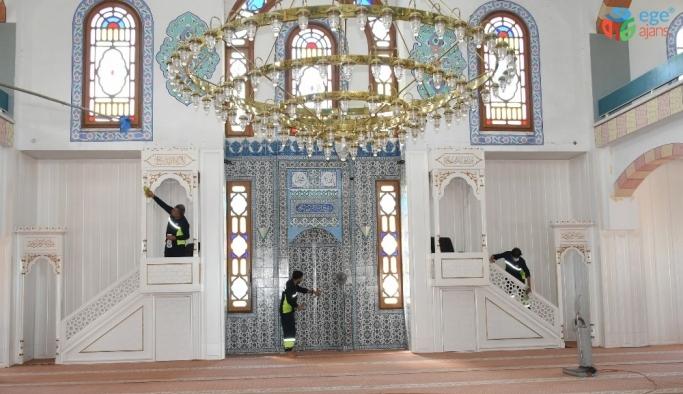 Şahinbey'de camiler bayrama hazırlanıyor