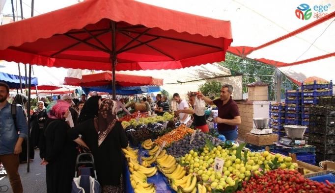 Vatandaşlardan yeni kurulan pazardan memnun